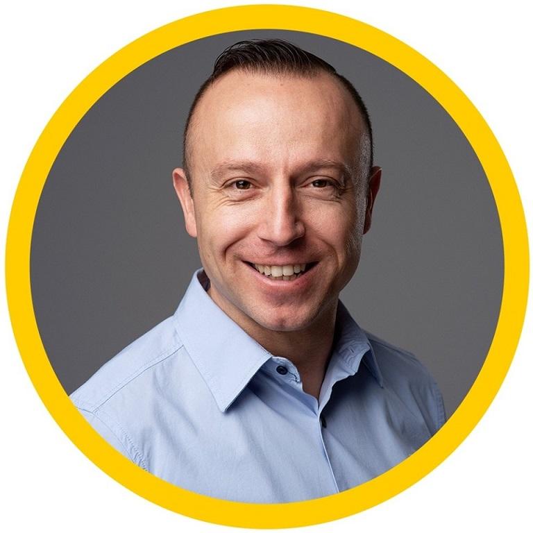 Интервю с Марто Попов - водещ маркетинг експерт